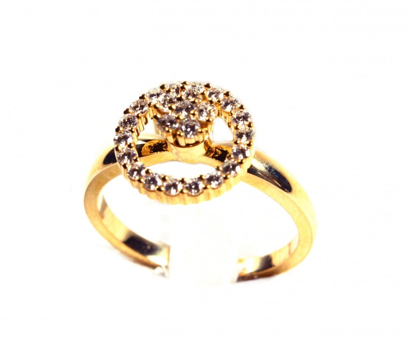 Rotating Ring Gr 4.0   18 k  Gold with Diamonds .    FB91