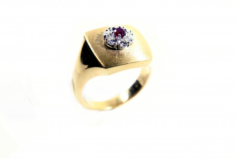 Gr10.50   18 k Yellow Gold with Diamonds Tot. Cts. 52,92   FB52