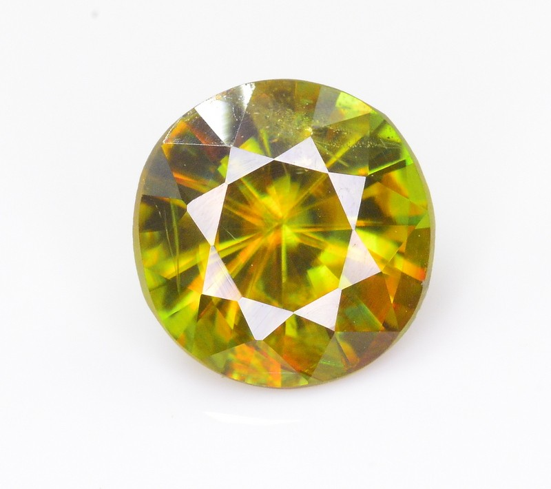 1.35 CT NATURAL SPARKLING DIAMOND CUT COLOR CHANGE GREEN SPHENE