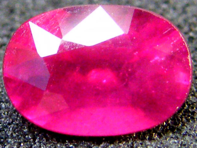 EYE CLEAN SPARKLING OVAL RUBY 1.15 CTS RM 119
