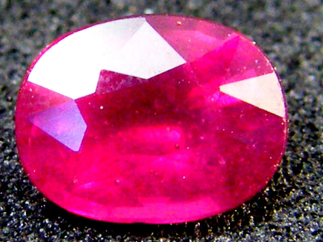 FREE SHIP EYE CLEAN SPARKLING OVAL RUBY 1.10 CTS RM 132