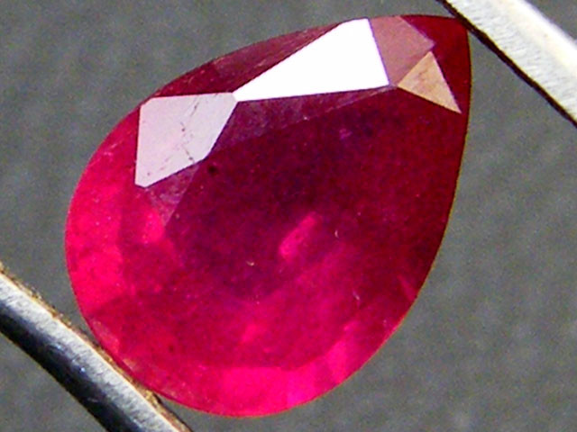 SPARKLING DEEP RASBERRY RED RUBY 1.20 CTS RM 182