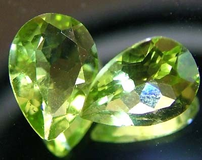 PERIDOT NATURAL FACETED STONE 1.25 CTS FN 3290 (TBG-GR)