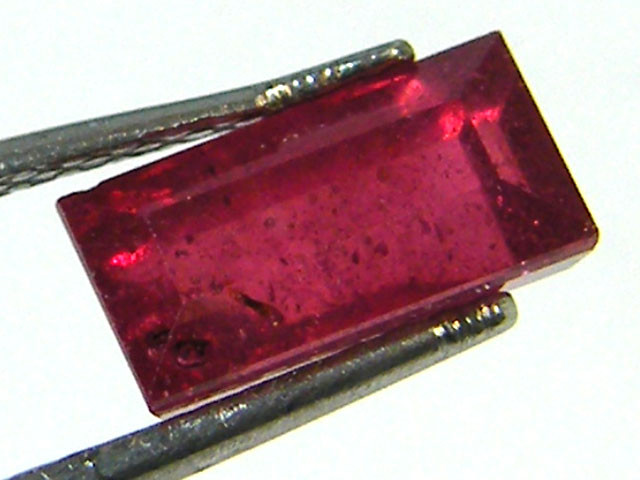 SPARKLING RED RUBY 1.60 CTS RM 236
