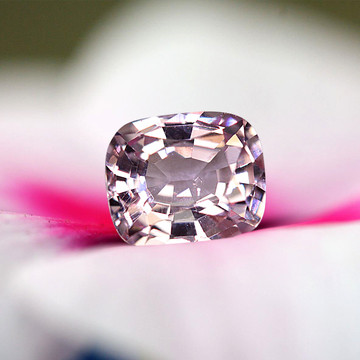 0.54 CT BURMESE PINK SPINEL!