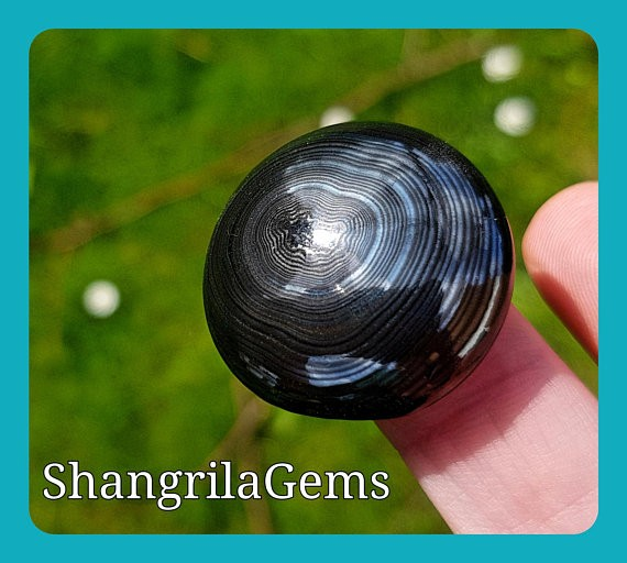 28mm Black Psilomelane crown of silver with pyrolusite round cabochon