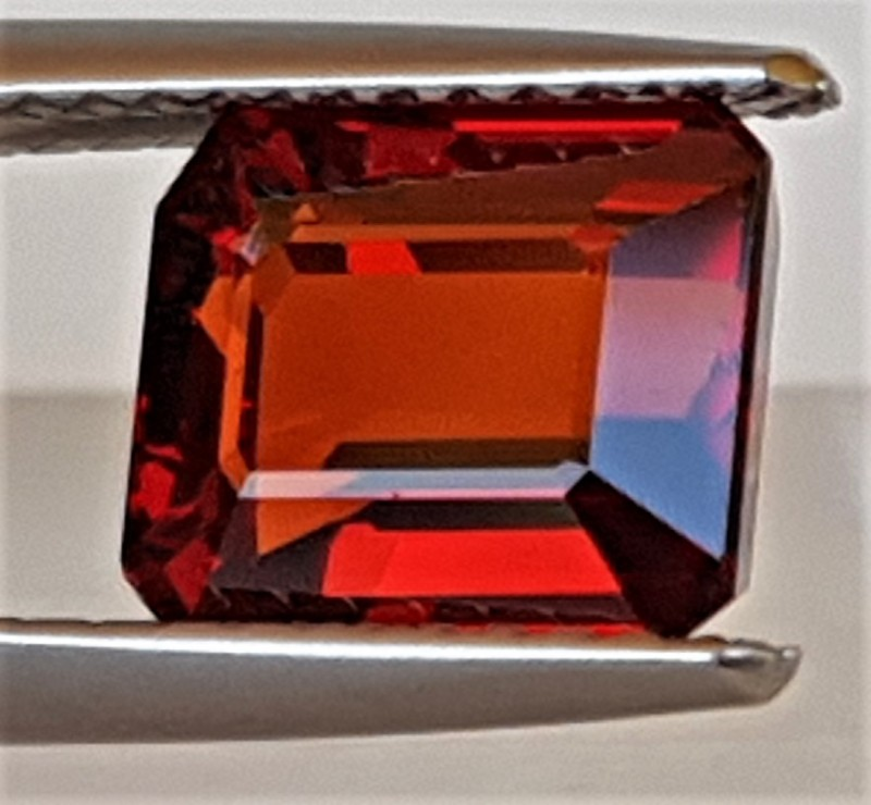 3.48cts  Spessartite,  Untreated Vivid Stone,  Clean