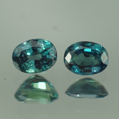0.47 CT 4X3 MM BEAUTIFUL BLUISH GREEN OVAL SHAPE NATURAL ALEXANDRITE PAIR