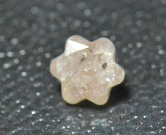 4.65mm 0.3ct Bloom Flower cut diamond Champagne light brown pinkish 0.30ct