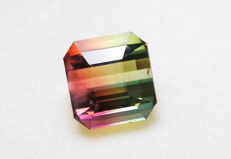 6.70 Cts Tourmaline Bi Color Big Size Eye Clean Gemstone~~~ Madagascar