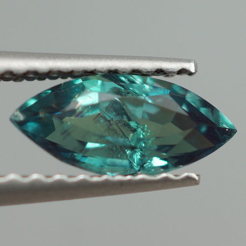 0.75 CT FULL COLOR CHANGE !! FINE QUALITY NATURAL ALEXANDRITE