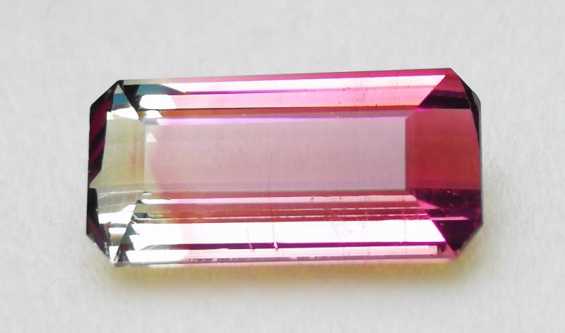 3.90 Cts Tourmaline Bi Color & pink Gemstone~~~ Madagascar
