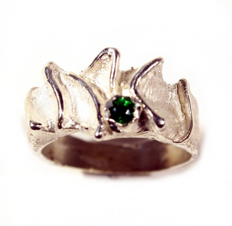 Silver Ring 925   Tzavorite  Tot. Cts . 32.5     CV14