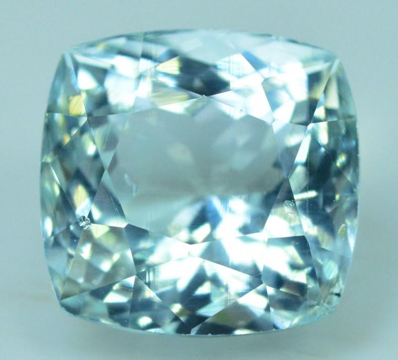 6.35 cts Untreated Aquamarine Loose gemstone from Pakistan (MR)