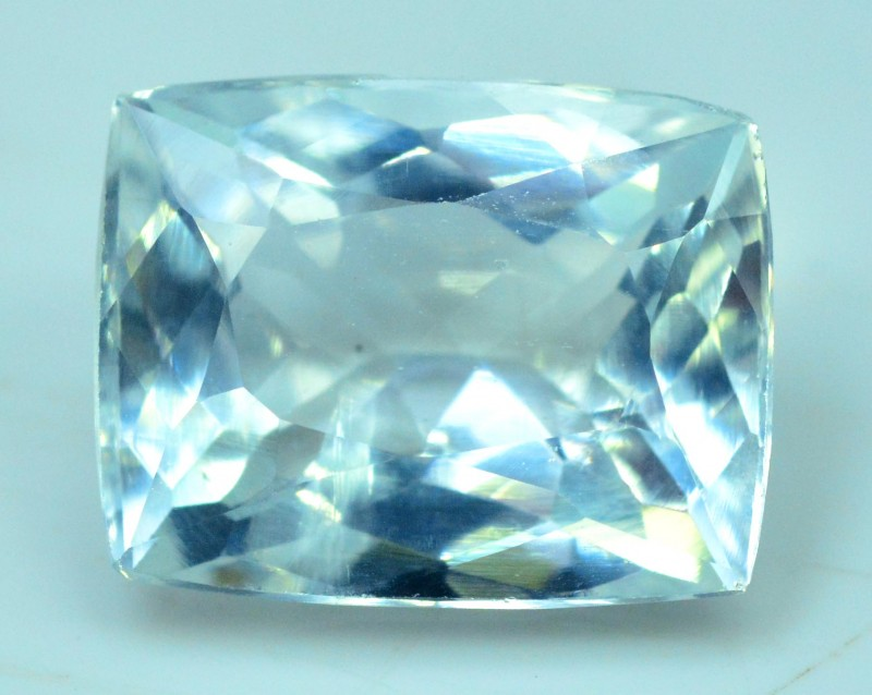 5 cts Untreated Aquamarine Loose gemstone from Pakistan (MR)