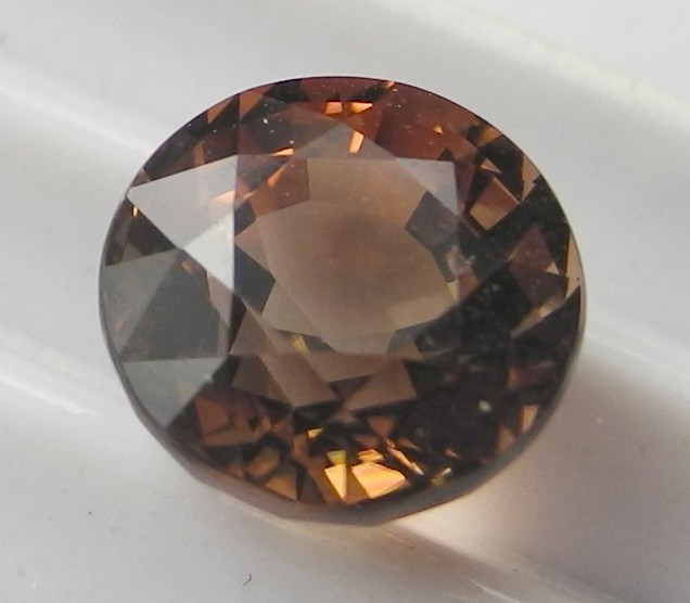 'AAA'  SUPERB MASTERCUT 2.73CTS ROUND MIXED COLOUR TOURMALINEAL