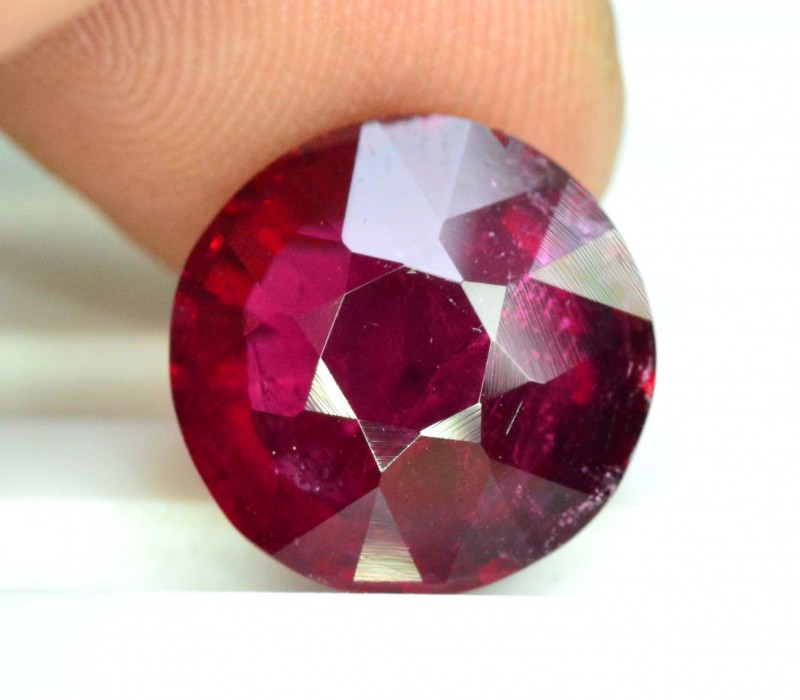 5.0 carats Natural Rubelite Tourmaline Gemstone from Afghanistan