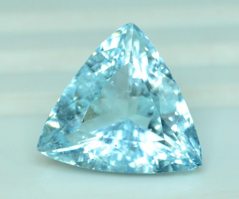 9.95 carats Natural Aquamarine Loose Gemstone from Pakistan