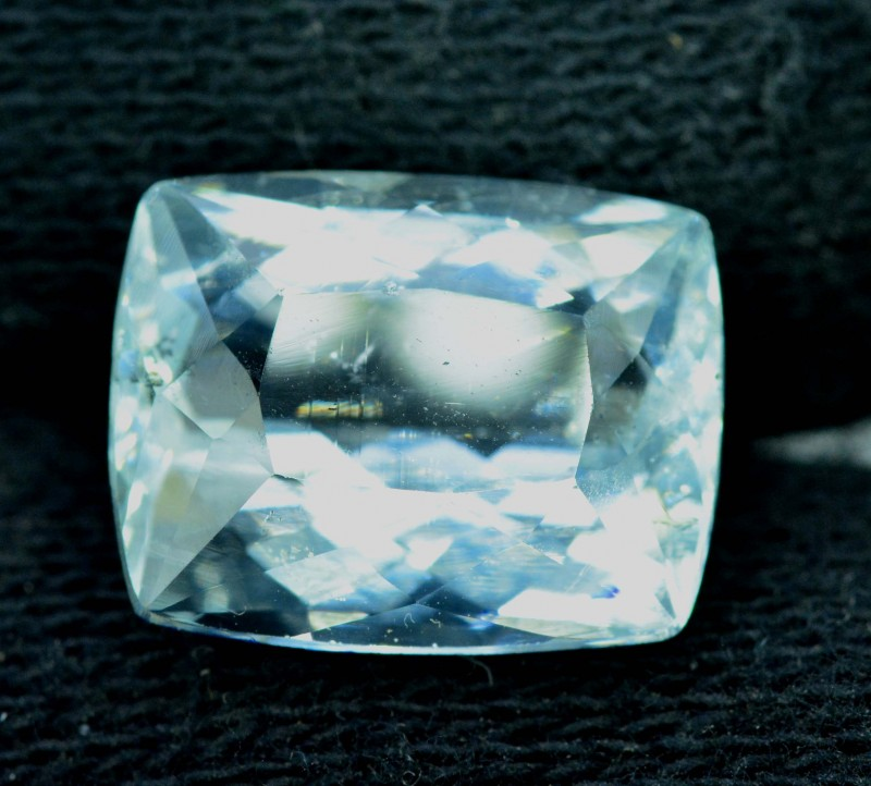 8.80 carats Octagon Shape Natural Aquamarine Loose Gemstone