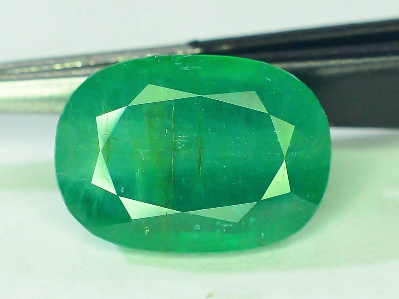 Top Color 4.30 ct Natural Emerald