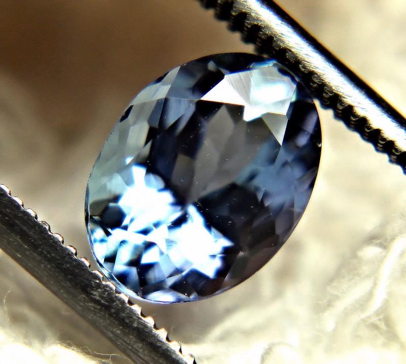CERTIFIED - 1.61 Carat Blue African VVS Tanzanite - Gorgeous