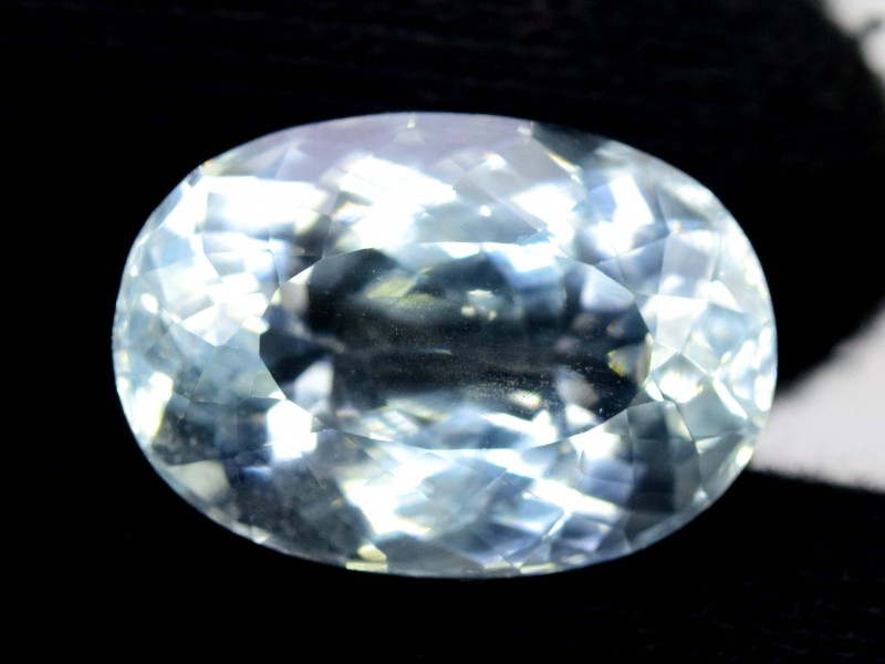 Certified 20.915 cts Natural Aquamarine Loose gemstone