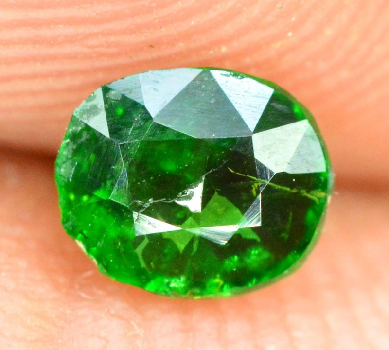 0.35 cts Untreated Tsavorite Garnet Gemstone