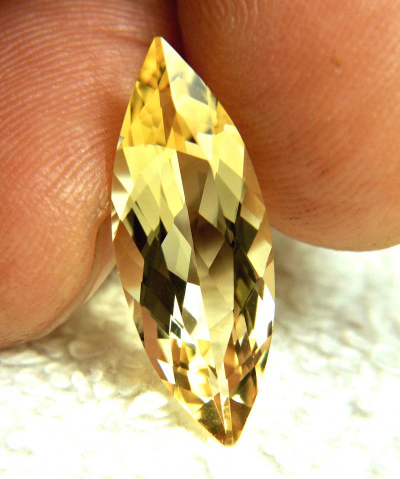 6.34 Carat Golden VVS1 Brazilian Beryl - Superb