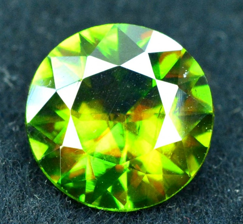 3.45 carats AAA Color Full Fire Natural Chrome Sphene from Pakistan