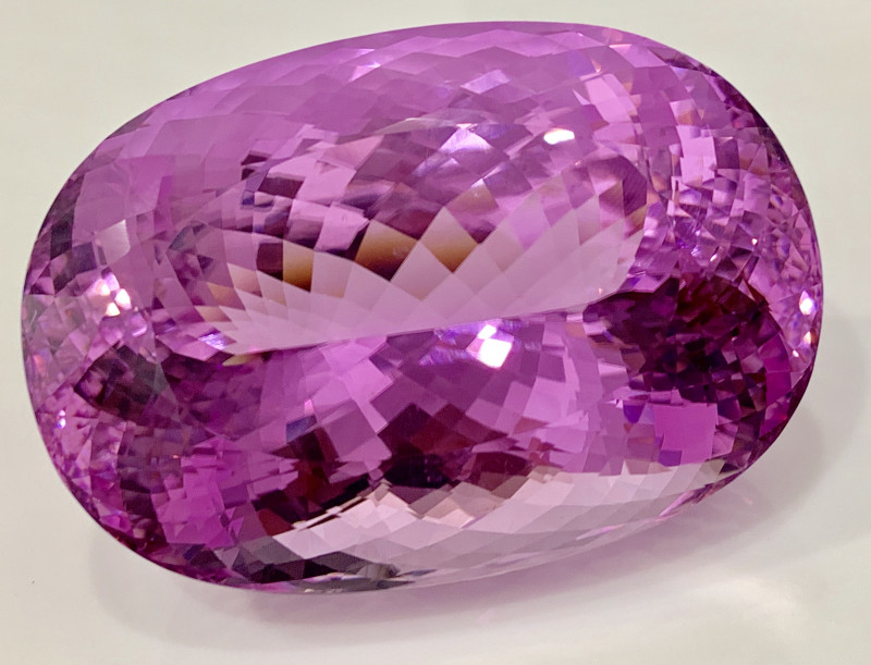 502 Ct Natural Pink  Kunzite Gemstone