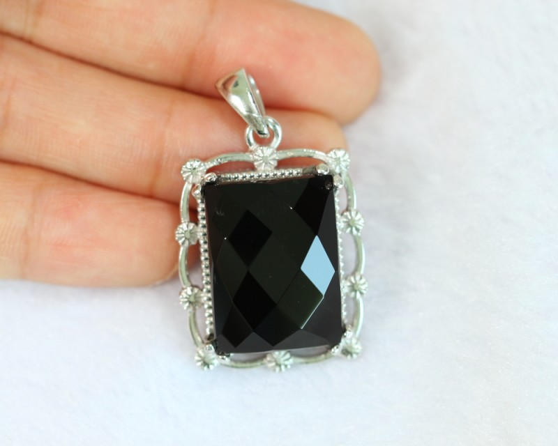53.9ct Natural Black Onyx 925 Sterling Silver Pendant