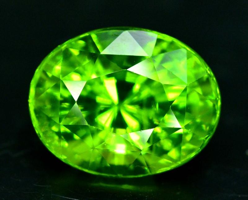 7.60 cts Top Grade Oval Cut Natural Olivine Green Natural Peridot Gemstone