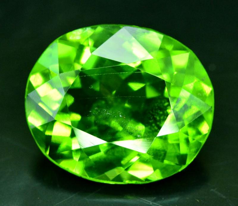 7.35 cts Top Grade Oval Cut Natural Olivine Green Natural Peridot Gemstone