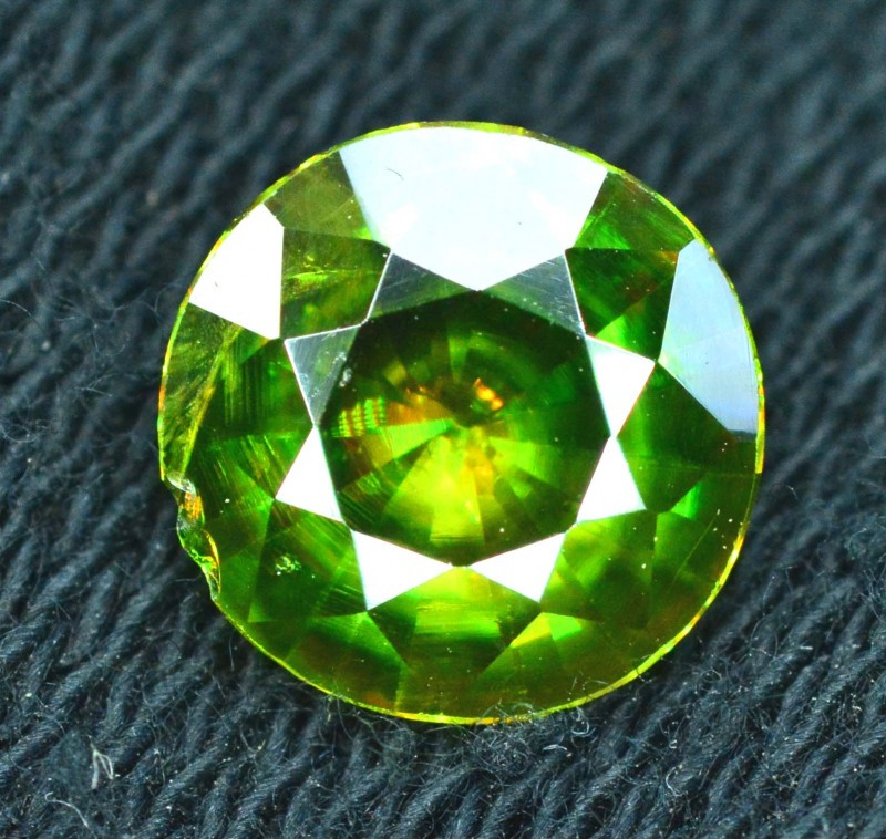 1.50 carats AAA Color Full Fire Natural Chrome Sphene from Pakistan