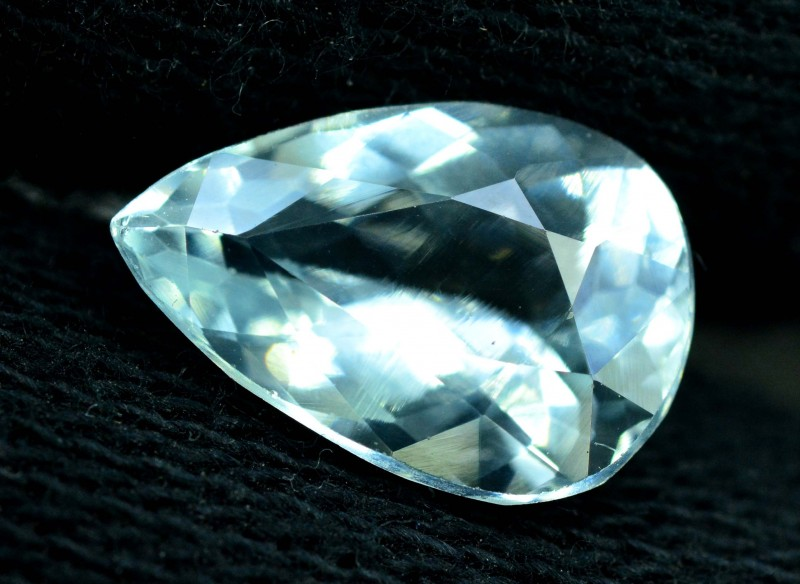 3.60 cts Pear Cut Untreated Aquamarine Loose gemstone from Pakistan(MR)