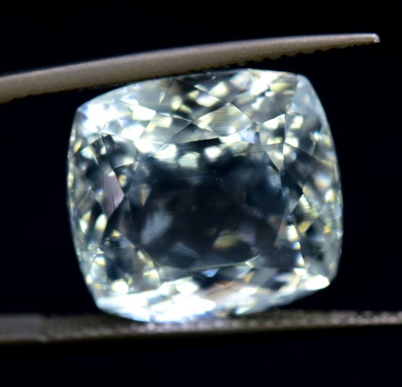 10.73 cts Certified Untreated Aquamarine Gemstone from Pakistan