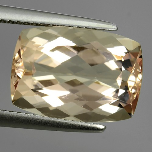 7.30 Cts Exclusive Lustrous Peach Cushion Morganite Beauiful Color Bazil