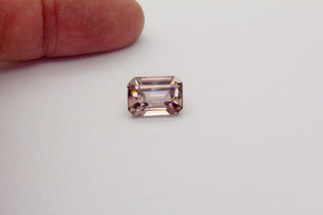 6.550Ct  Zircon Natural Pink Australian