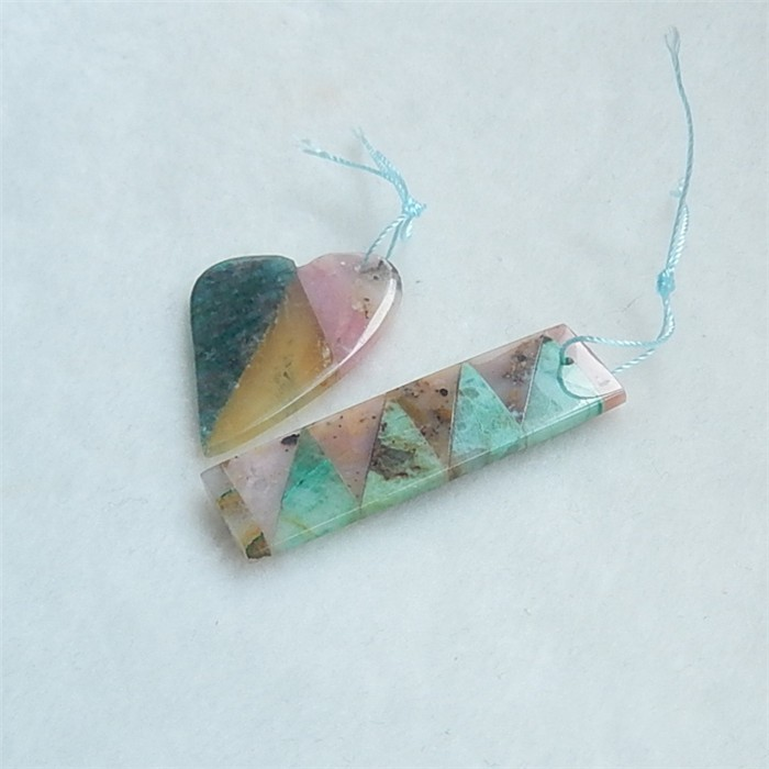 39.5ct New Design Yellow Opal .Pink Opal.Chrysocolla And Blue Apatite Cryst