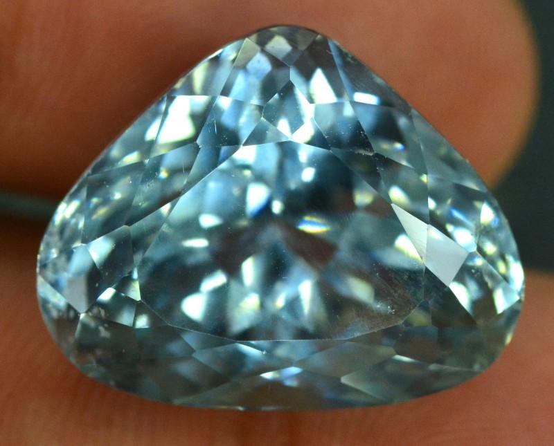 30.15 CTS  Natural Aqua Blue  Spodumene Gemstone