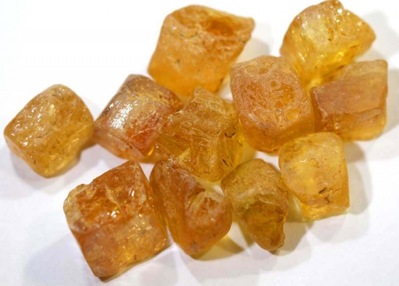 58.35CTS IMPERIAL TOPAZ ROUGH  PARCEL        RG-2783