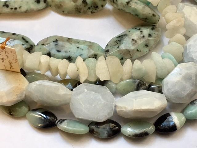LIQUIDATION PRICE Mixed  strand beads GOGO 1837