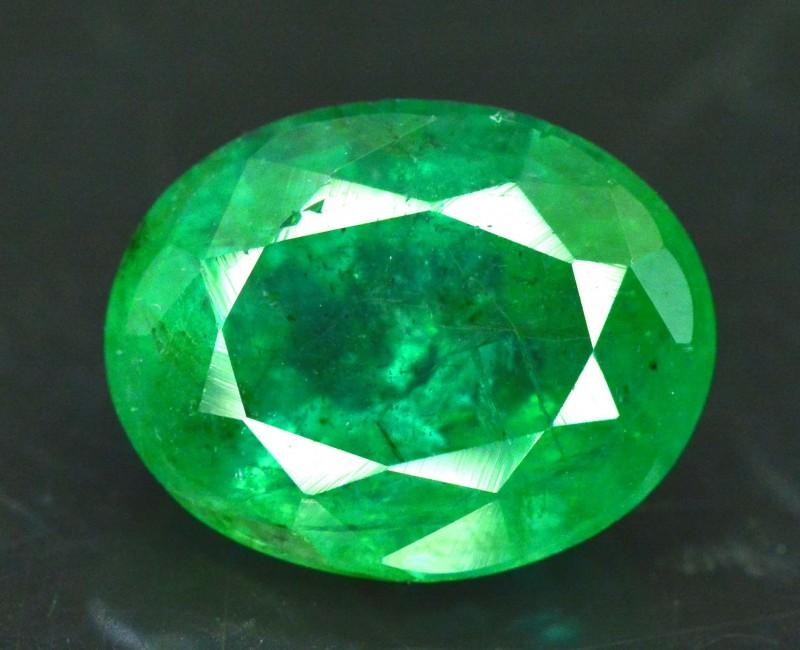 2.95 cts Oval Cut Deep Color Beautifull Zambian Emerald Gemstone
