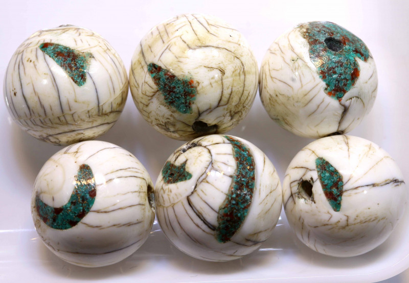 183CTS SHELL BEADS DRILLED (3 PAIR)  ADG-423