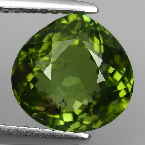 4.00 CTS  AMAZING NATURAL RARE LUSTROUS PEAR GREEN TOURMALINE