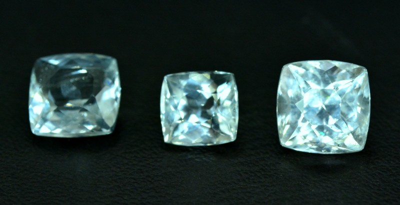 8.10 cts 03 pcs lot of Untreated Aquamarine Loose gemstone from Pakistan (M