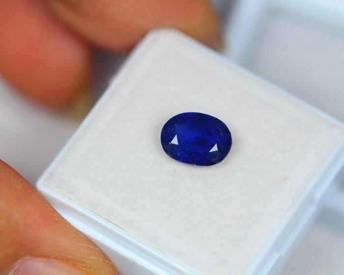 1.92ct Blue Sapphire Oval Cut Lot X07