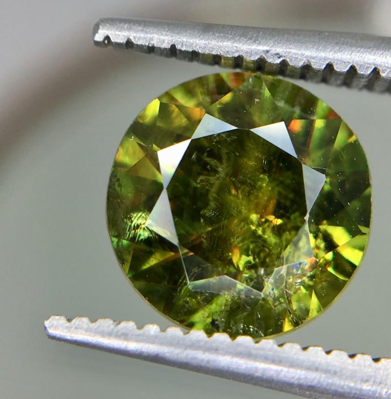2.0 Crt Natural Chrome Sphene Faceted Gemstone
