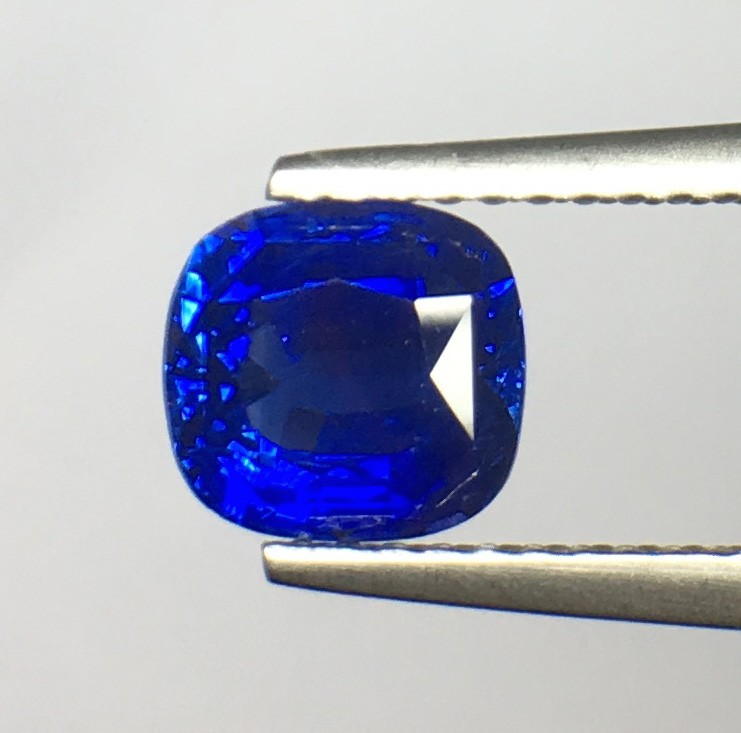 1.50 ct Natural Blue Sapphire