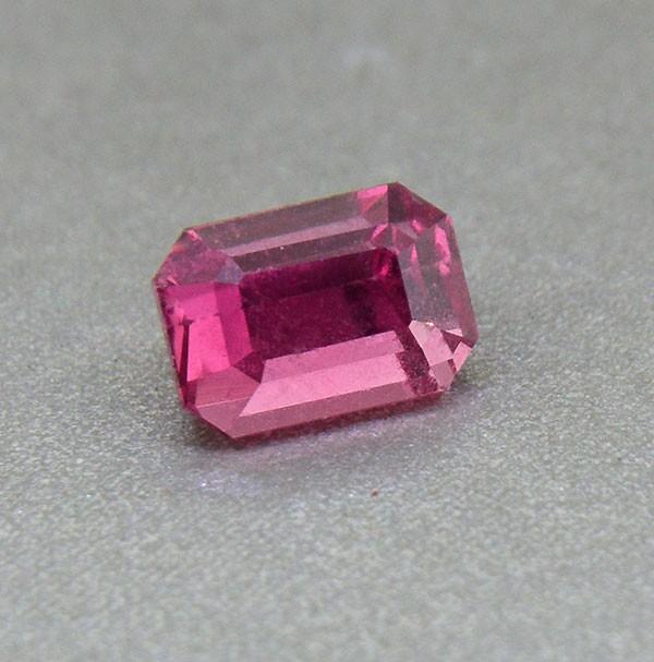 Pinkish Orange Sapphire UNHEATED Ceylon  1.45 Ct. (looks a padparadscha) (0
